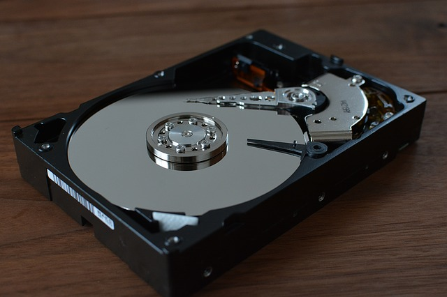 HDD vs SSD Which One Is Better? 1