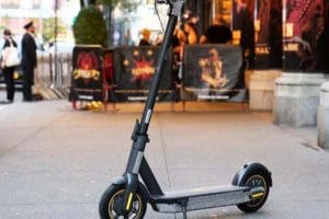 Foldable Electric Scooter For Sale: 100kg Payload, Climb up to 20 Degree, 30 km/h Top Speed, 65km Mileage - Ninebot Max G30 2