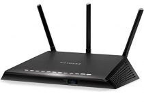 NETGEAR Nighthawk Smart WiFi Router (R6700) - AC1750 Wireless Speed (up to 1750 Mbps) | Up to 1500 sq ft Coverage & 25 Devices | 4 x 1G Ethernet and 1 x 3.0 USB ports | Armor Security 1