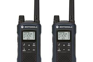 Motorola Talkabout T460 Rechargeable Two-Way Radio Pair (Dark Blue) 1